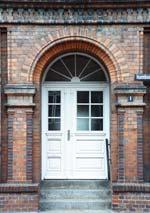 Tür für Links